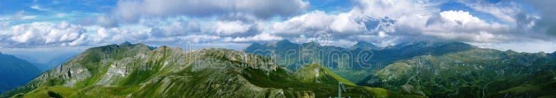 Panoramatic Ansicht vom edelweispitze lizenzfreies stockbild