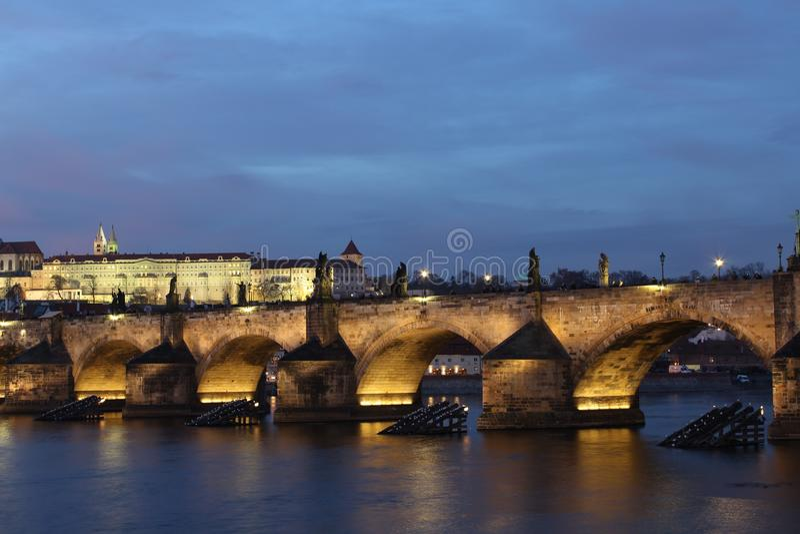 Panoramatic widok Charles most w Praga obrazy royalty free