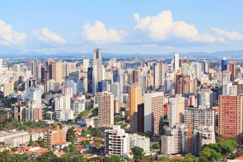 Panoramautsikt av centret, byggnader, hotell, Curitiba, Para royaltyfria foton