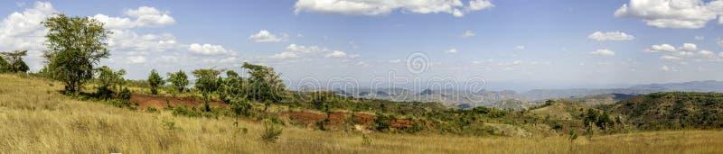Panoramautsikt av den etiopiska bygden royaltyfri bild