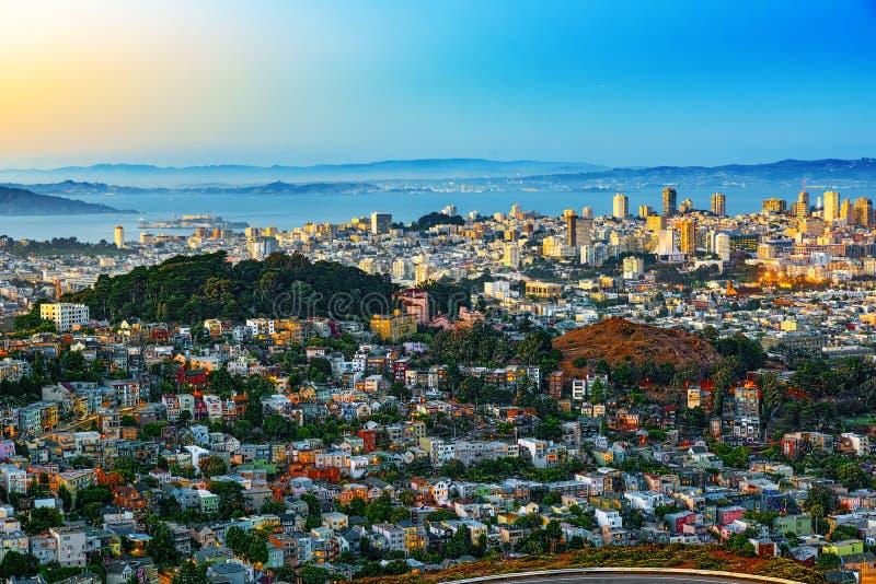 Panoramautsikt av den San Francisco staden arkivbilder