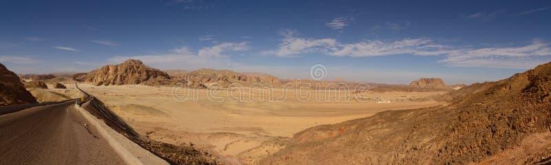 Panoramautsikt av den Sinai öknen, Egypten fotografering för bildbyråer