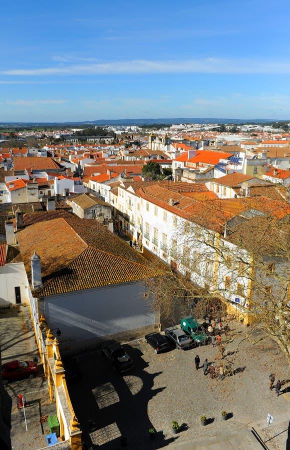 Panoramautsikt av Evora från domkyrkan, Alentejo, Portugal arkivfoton