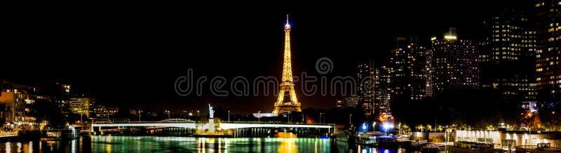 Panoramautsikt av Front de Seine - Paris, Frankrike fotografering för bildbyråer