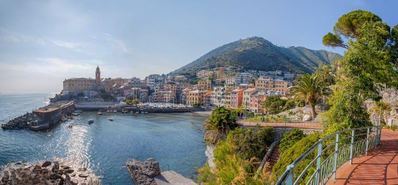 Panoramautsikt av Genoa Genova Nervi, Ligurian kust, medelhav, Italien arkivbilder