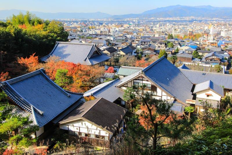 Panoramautsikt av Kyoto som sett från den Enkoji templet arkivfoto