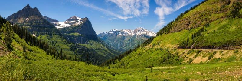 Panoramautsikt av Logan Pass i glaciärnationalparken, Montana arkivfoton