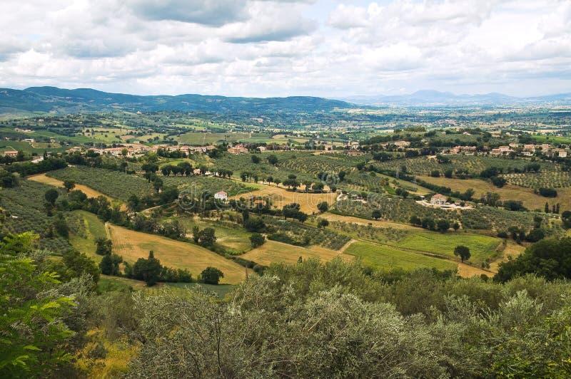 Download Panoramautsikt Av Montefalco. Umbria. Italien. Arkivfoto - Bild av bostads, turism: 37349740