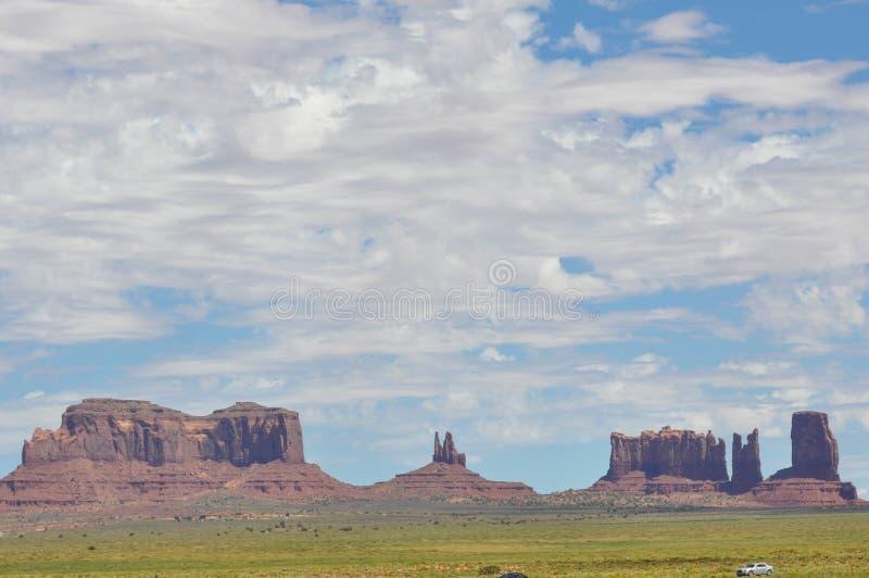 Panoramautsikt av monumentdalen arkivfoton