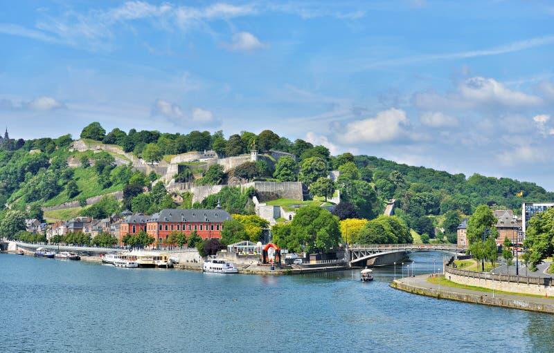 Panoramautsikt av Namur arkivfoto