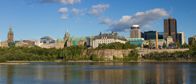 Panoramautsikt av Ottawa, Kanada arkivbilder