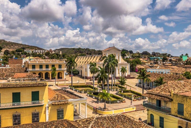 Panoramautsikt av Plazaborgmästaren i Trinidad, Kuba arkivfoton