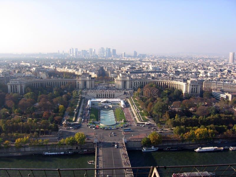 Panoramautsikt av staden av Paris uppifrån av Eiffeltorn Frankrike fotografering för bildbyråer