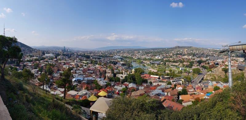 Panoramautsikt av staden av Tbilisi, Georgia royaltyfri foto