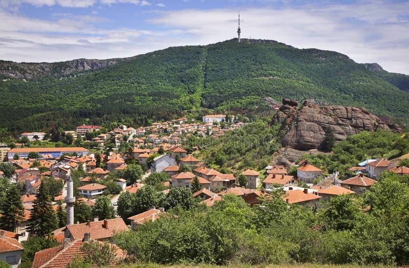 Panoramautsikt i Belogradchik lökformig royaltyfri bild