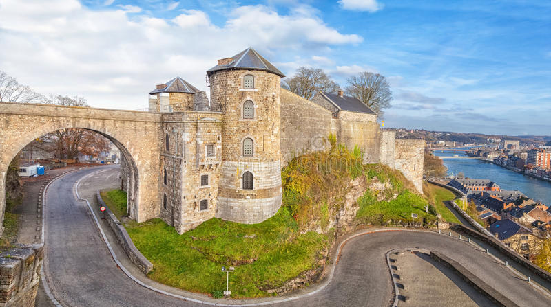 Panoramautsikt på citadell i Namur, Belgien arkivfoto