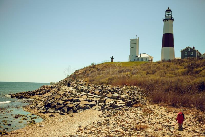 Panoramautsikt på fyren för Montauk punktdelstatspark och Atlanticet Ocean Long Island New York stat royaltyfri bild