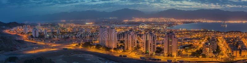 Panoramautsikt på Röda havet, Aqabaen och Eilaten royaltyfria foton