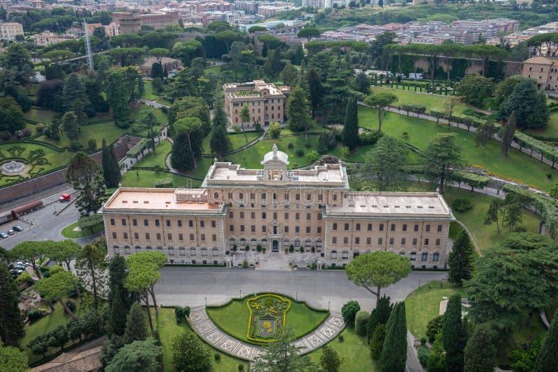 Panoramautsikt på Vatican City från påvlig basilika av St Peter royaltyfri foto