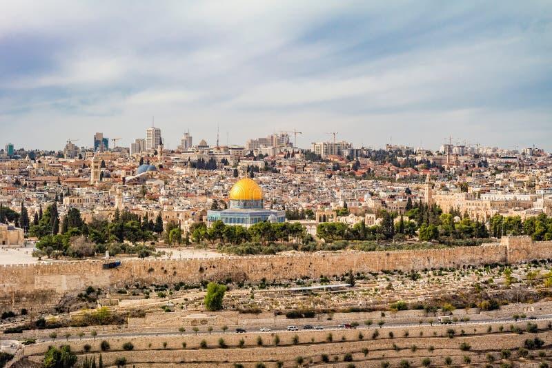 Panoramautsikt till Jerusalem den gamla staden arkivbild