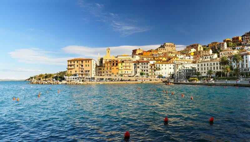 Panorame de Porto Santo Stefano photos stock