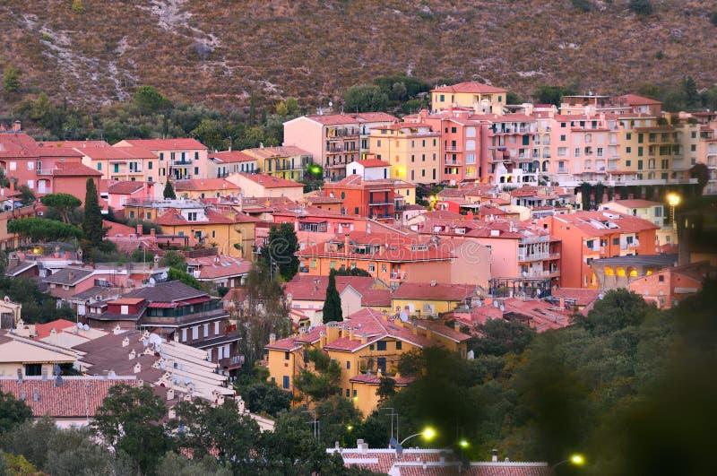 Panorame de soirée de Porto Ercole image stock