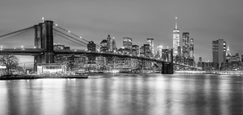 Panoramia del ponte di Brooklyn e di Manhattan, New York immagini stock libere da diritti