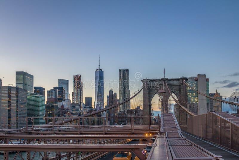 Panoramic View of Brooklyn Bridge traffic and Manhattan skyline - New York, USA stock images
