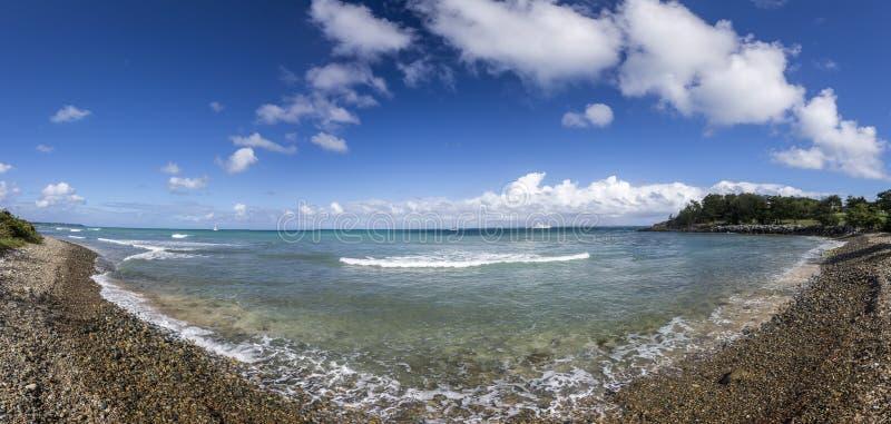 Panoramico di Saint Martin, Sint Maarten: Spiagge caraibiche immagini stock