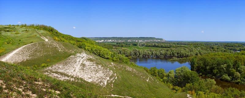 Panoramiczni widoki kredowi wzgórza w Don rzeki dolinie Fot obrazy stock