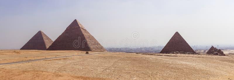 Panoramiczny Giza zdjęcia royalty free