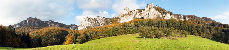 Panoramiczny jesienny widok od Sulov skalistych gór obrazy royalty free