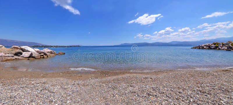 Panoramiczny krajobraz sen wyspy plaża przy Eretria Euboea Grecja zdjęcie royalty free