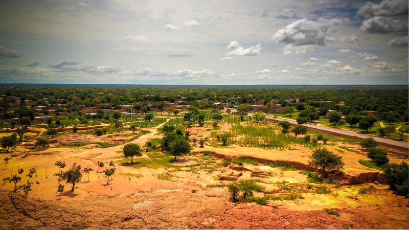 Panoramiczny krajobrazowy widok Sahel i oaza, Dogondoutchi, Niger obrazy royalty free