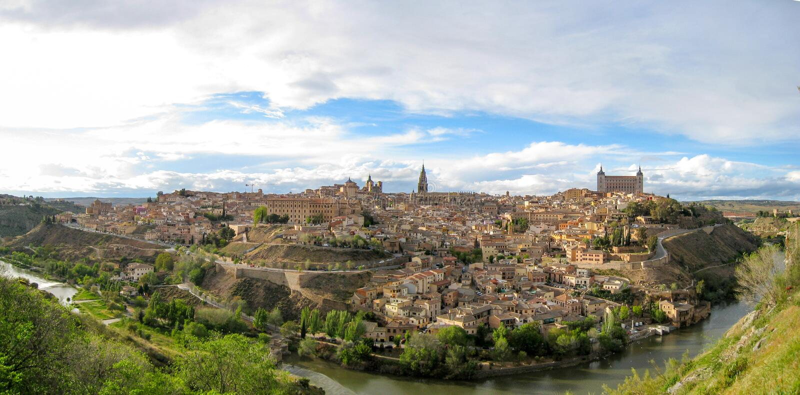 Panoramiczny Toledo dzień od doliny rzeka fotografia royalty free