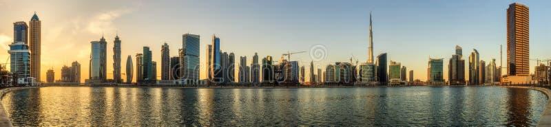 Panoramiczny widok biznes zatoka i centrum miasta Dubaj, UAE fotografia royalty free