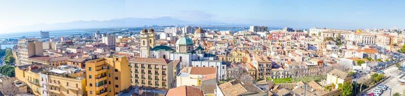 Panoramiczny widok Cagliari, kapitał Sardinia, Włochy obrazy stock