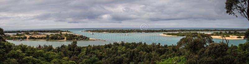 Panoramiczny widok jeziora wejście, Wiktoria, Australia zdjęcia royalty free