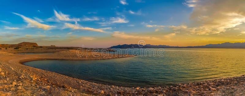 Panoramiczny widok Jeziorny dwójniak, Nevada fotografia stock