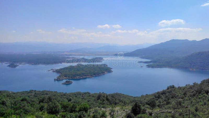 Panoramiczny widok jezioro, Europa obraz stock