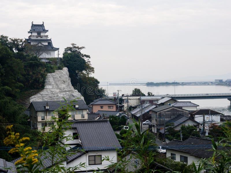 Panoramiczny widok Kitsuki miasto z Kitsuki kasztelem - Oita prefektura, Japonia fotografia royalty free