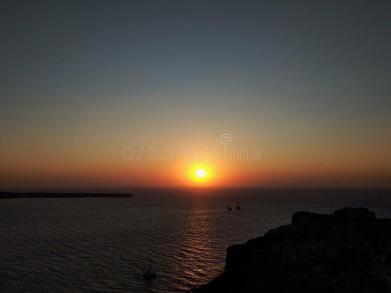 Panoramiczny widok kolorowy zmierzch nad morzem santorini Oia greece obraz royalty free