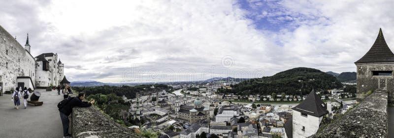 Panoramiczny widok miasto Salzburg od Hohensalzburg Forteczny Festung Hohensalzburg, Salzburg, Austria fotografia royalty free
