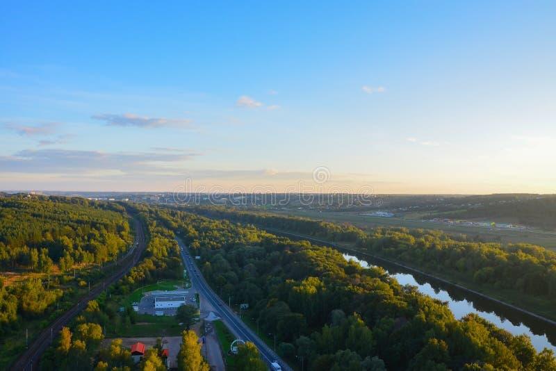 Panoramiczny widok Moskwa kanał w Dmitrov okręgu Moskwa region Odgórny widok fotografia stock