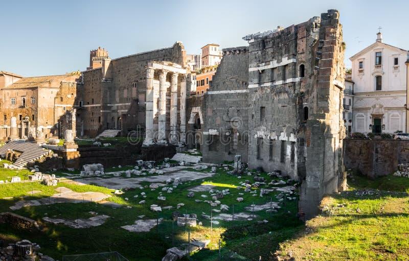 Panoramiczny widok na foro di Nerva w Rzym, Włochy obraz royalty free