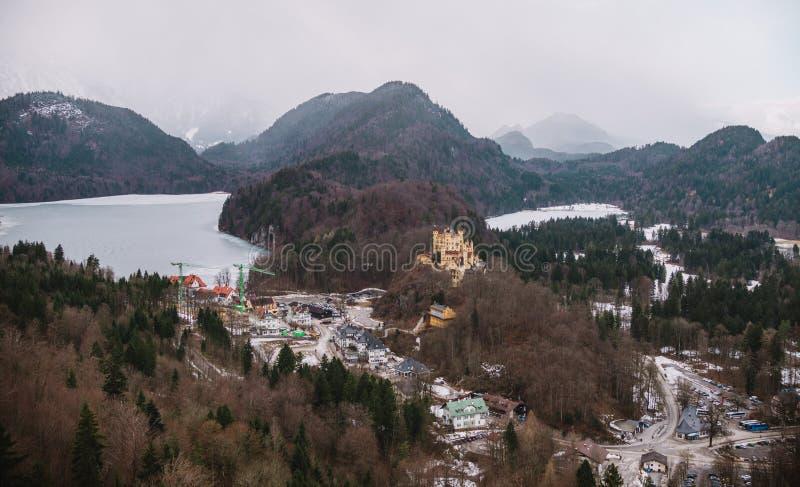 Panoramiczny widok na Fussen miasteczku w Niemcy obraz stock