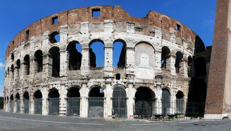 Panoramiczny widok na Wielkim Romańskim Colosseum włochy Rzymu obraz royalty free