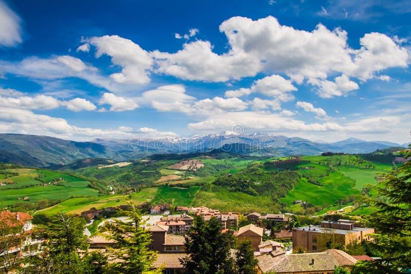 Panoramiczny widok od Camerino obraz stock