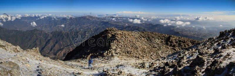 Panoramiczny widok od Tajumulco szczytu na sierra Madre, San Marcos, Altiplano, Gwatemala obrazy royalty free