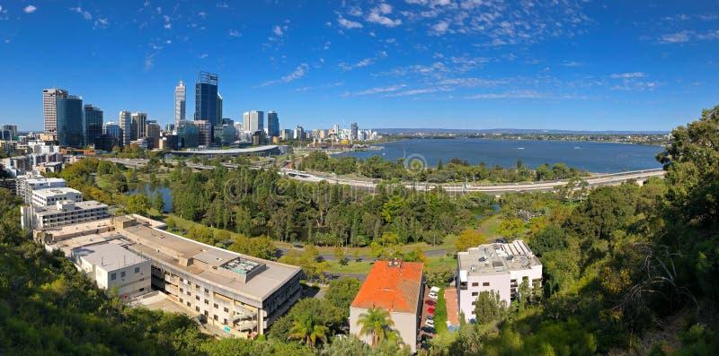 Panoramiczny widok Perth miasto, Środkowa dzielnica biznesu wewnątrz póżniej fotografia royalty free